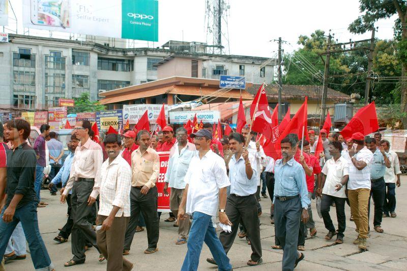 trade-union-nationwide-strike-udupi-protest-20160902-09