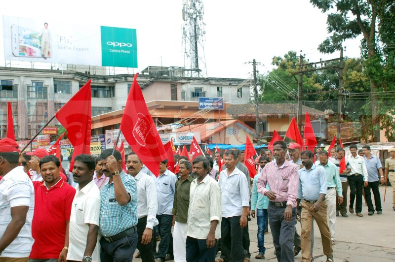 trade-union-nationwide-strike-udupi-protest-20160902-10