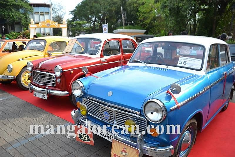 05-sleek-enticing-old-beauties-goa-vintage-car-8