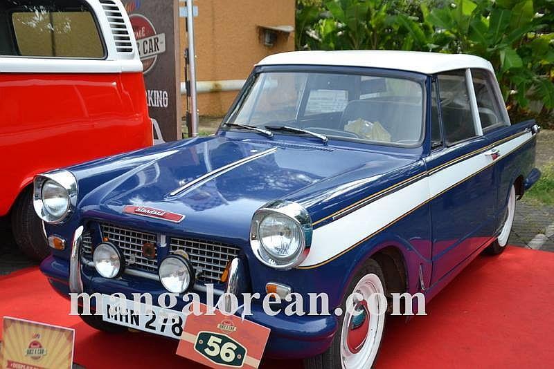 07-sleek-enticing-old-beauties-goa-vintage-car-11