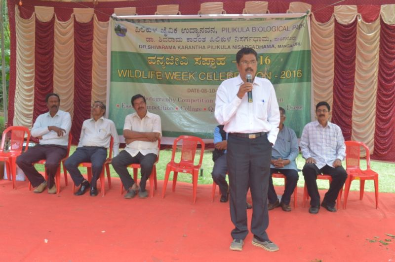 executive-director-sri-h-j-bhandary-pnd-addressing-the-gathering