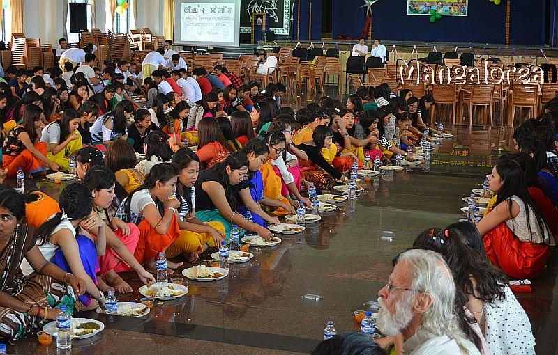 ningol-chakkouba-manipuri-festival-celebrated-alvas-01-2