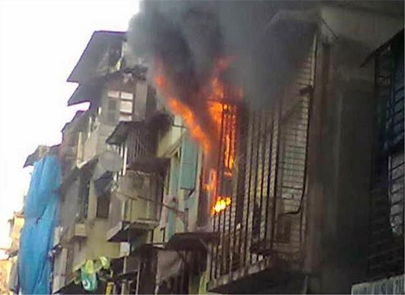 south-mumbai-2-killed-major-fire