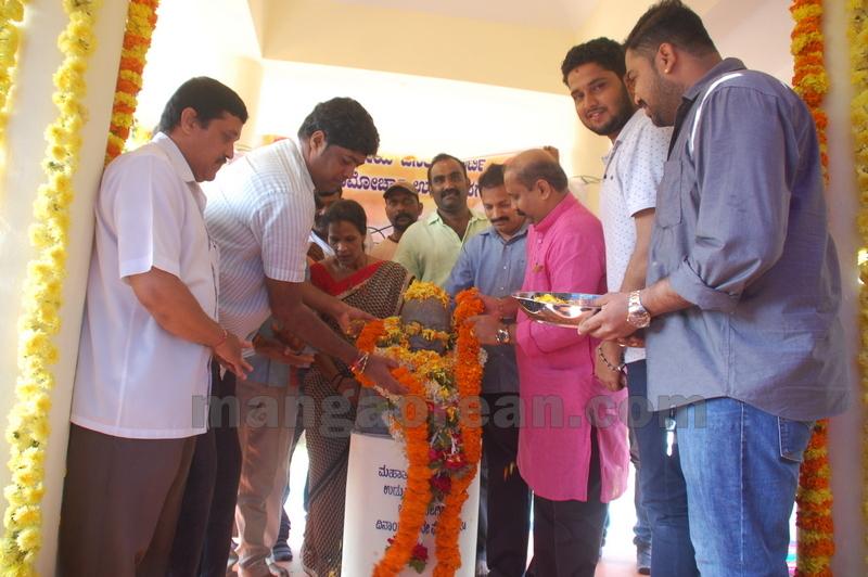 bjp-yuva-morcha-swach-bharath-20161002-03