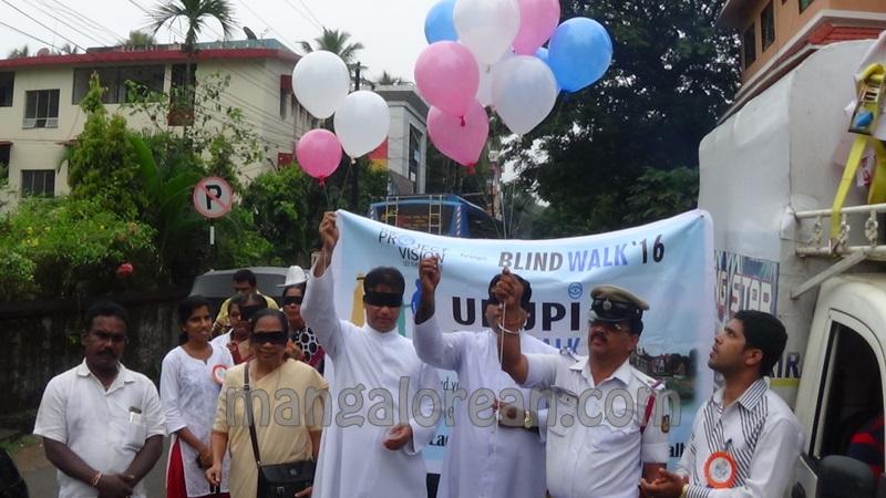 blind-walk-udupi-01
