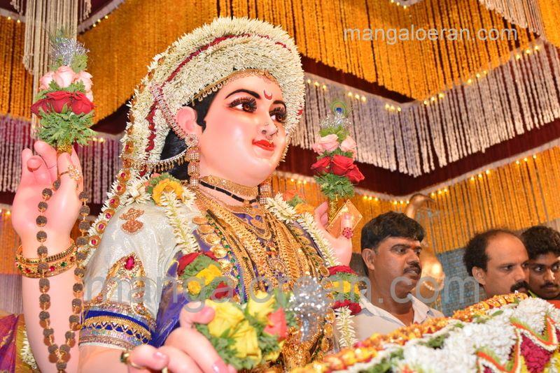 image002sharada-navaratri-shobhayatra-20161011-002