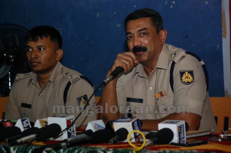 police-return-retrieved-property-udupi-20161003-12