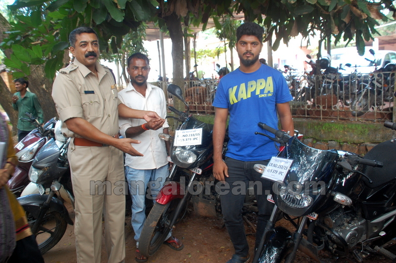 police-return-retrieved-property-udupi-20161003-21
