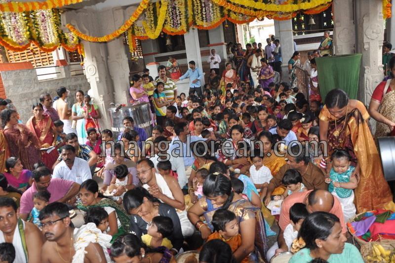 vijayadashami-marks-vidyarambham-ambalpadi-temple-20161011-06