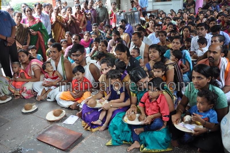 vijayadashami-marks-vidyarambham-ambalpadi-temple-20161011-11