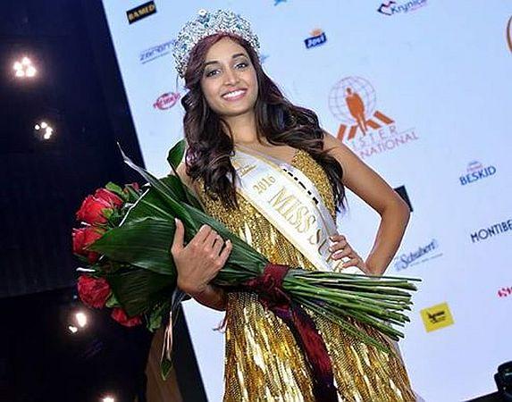 gratulacje-mulky-damsel-srinidhi-shetty-crowned-miss-supranational-7