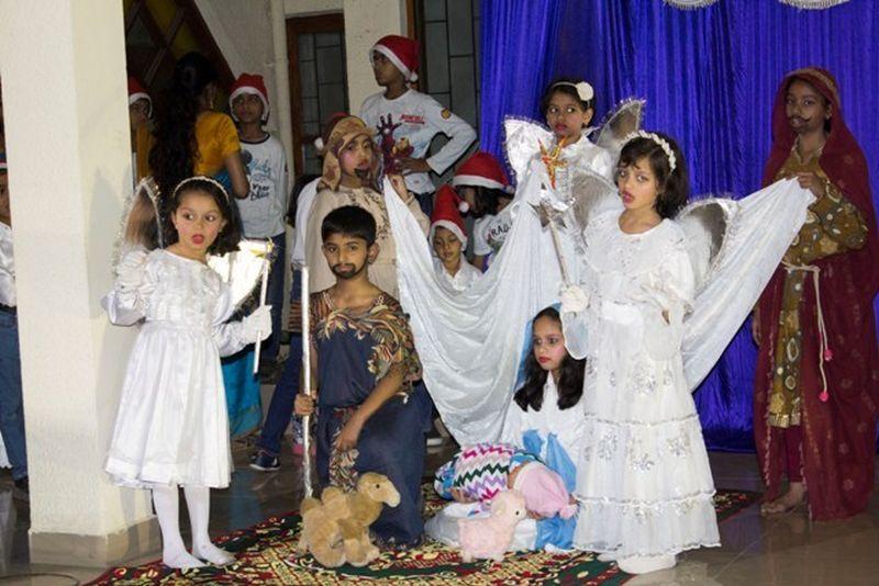 image002christmas-carol-natalam-gitam-gayan-spardo-mangalorean-com-20161213-002
