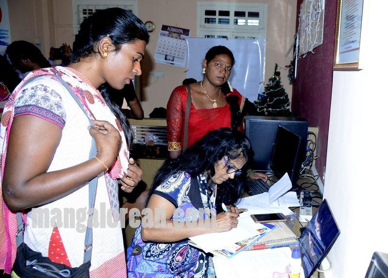 image005transgender-aadhaar-camp-mangalorean-com-20161229-005