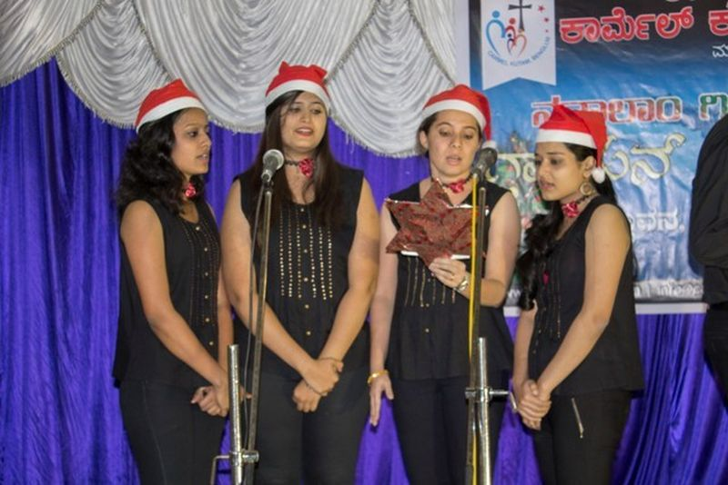image013christmas-carol-natalam-gitam-gayan-spardo-mangalorean-com-20161213-013